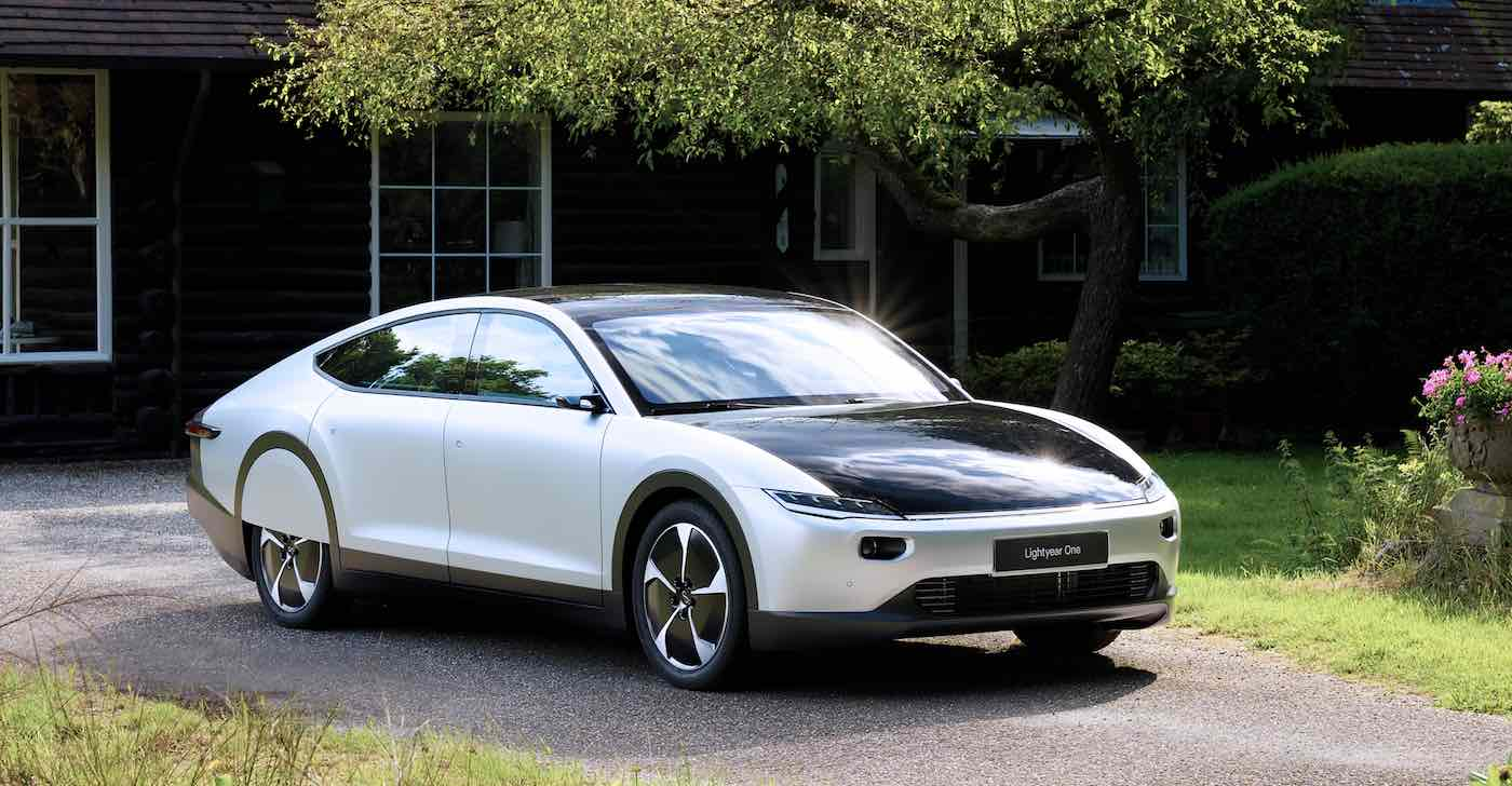 Dutch company reveals Lightyear, an electric car that charges itself with sunlight